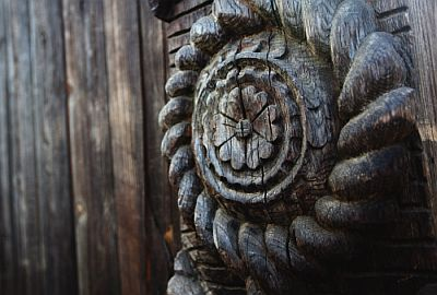 basorelief.lemn