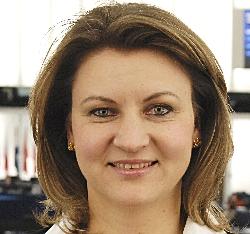 Silvia-Adriana Ţicău